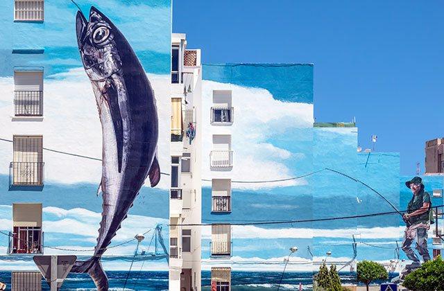 Murales Estepona - credit: Philip Bird LRPS CPAGB / Shutterstock.com