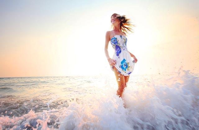 Playa en otoño - agua fresca