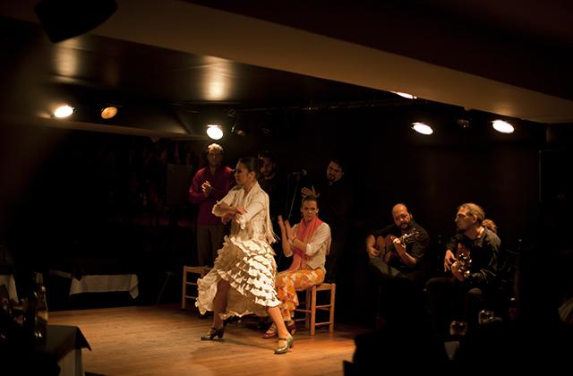 Où voir flamenco en Andalousie - Bar Lola de los Reyes