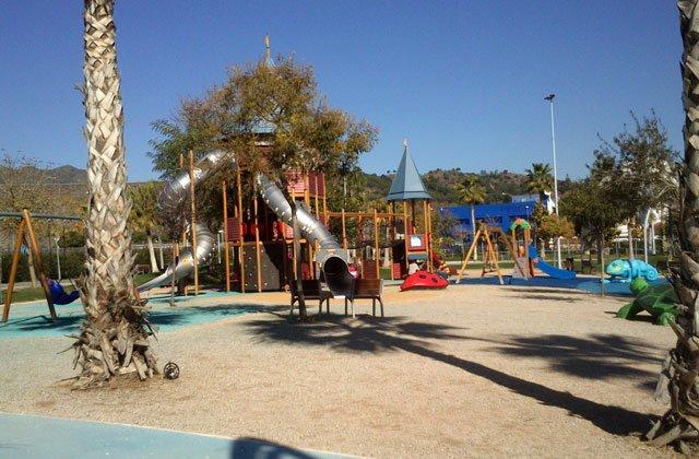 playgrounds in Malaga - parque-de-la-alegria-malaga