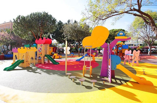 parcs d'attraction à Malaga - parque infantil pocoyo