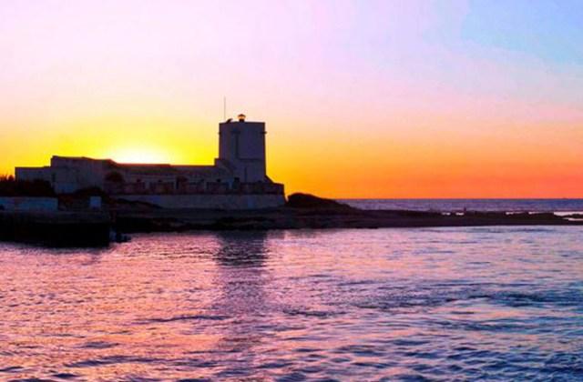 Sunsets in Andalucia - Isla_Sancti_Petri