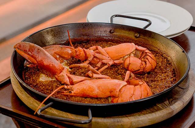Paella de homard