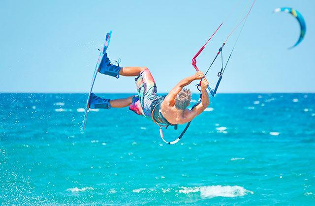 Deportes de aventura en Tarifa - Kite surfing