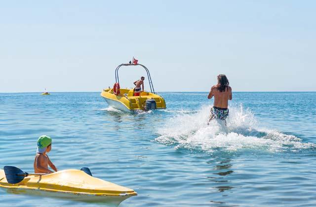 Wassersport in Conil de la Frontera - wasserski