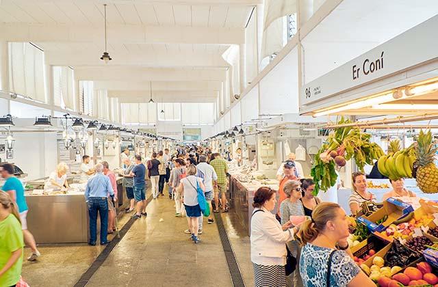 Mercado Central de Cádiz - Crédito editorial: Alvaro German Vilela / Shutterstock.com
