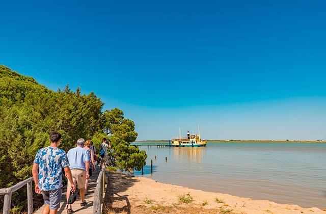 buque Real Fernando - Crédito editorial: Takashi Images / Shutterstock.com