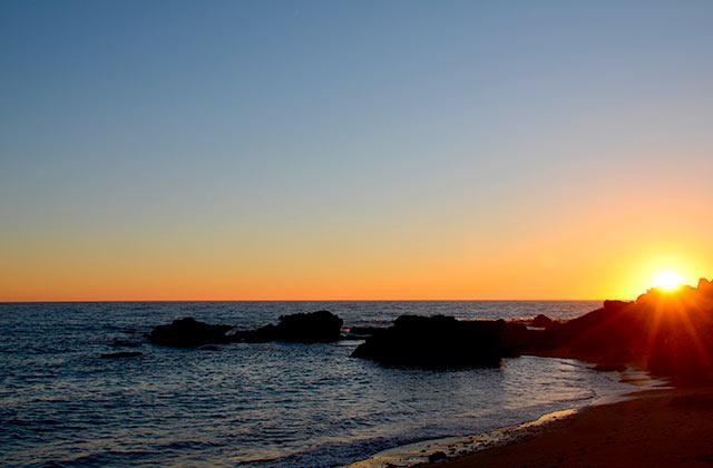 Cala de Roche Sonnenuntergang
