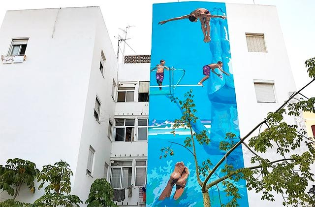 Ruta murales Estepona - Jump into the blue