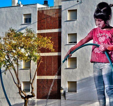 Ruta murales Estepona - Regando el jardin