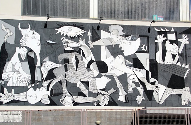 Route of Artistic Murals - QUIJOTE EN EL GUERNICA