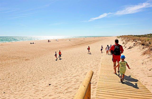 Playa Flecha del Rompido - Crédito editorial: joserpizarro / Shutterstock.com