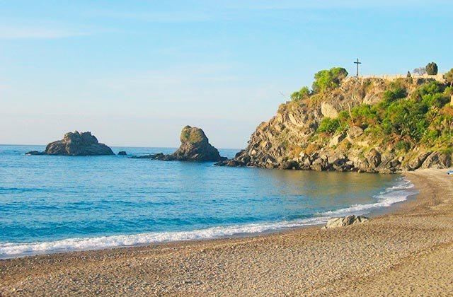 beaches in Andalucia - playa de la Caletilla, Almuñecar