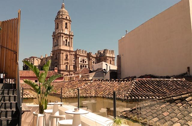 Rooftop bars of Andalucia - Chinitas Lounge