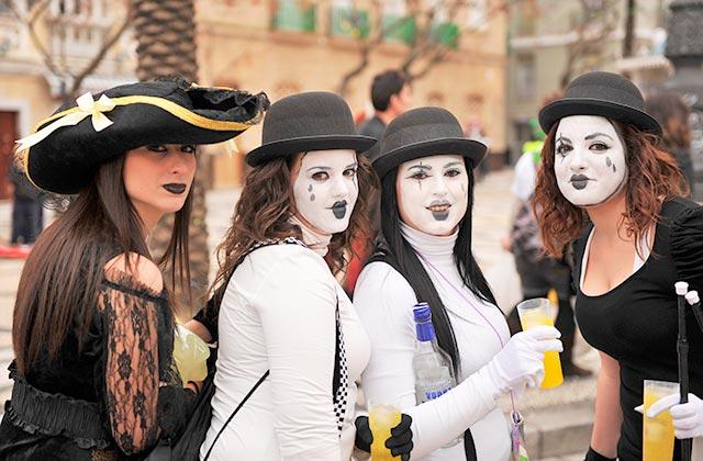 Carnaval de Cádiz - Crédito editorial: joserpizarro / Shutterstock.com