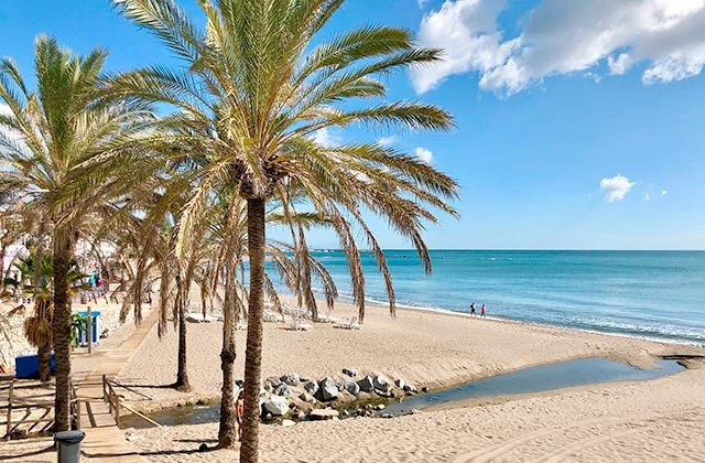 Playa de Bil-Bil, Benalmádena