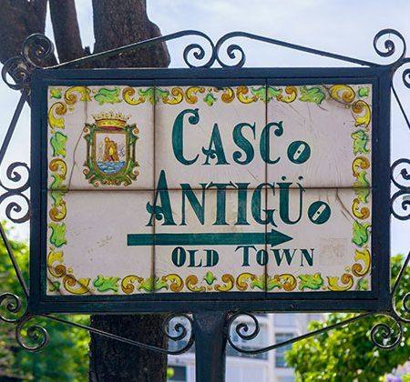 Restauranes Casco Antiguo de Marbella, Editorial credit: Cynthia Liang / Shutterstock.com